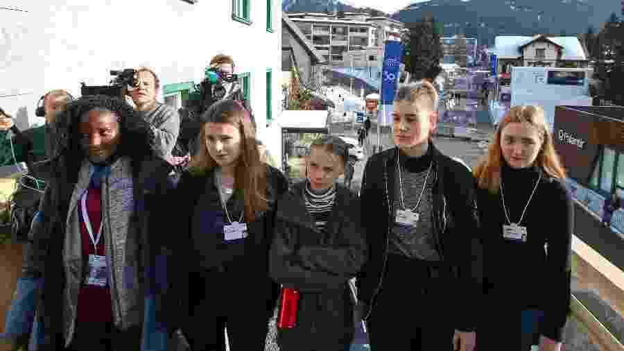 Climate change activists Ugandan Vanessa Nakate, Swedish Greta Thunberg, German Luisa Neubauer, Swedish Isabelle Axelsson and Swiss activist Loukina Tille - AFP