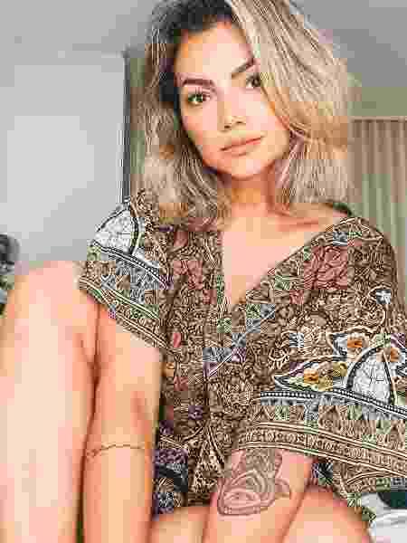 """""""Era muito nova e estava começando a construir minha carreira"""", relembra a cantora - reprodução instagram"""