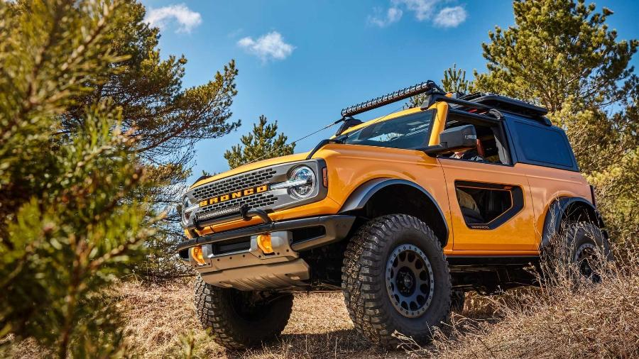 Novo Ford Bronco começaria a ser vendido nos EUA durante o outono brasileiro, porém planos tiveram de ser revistos - Divulgação