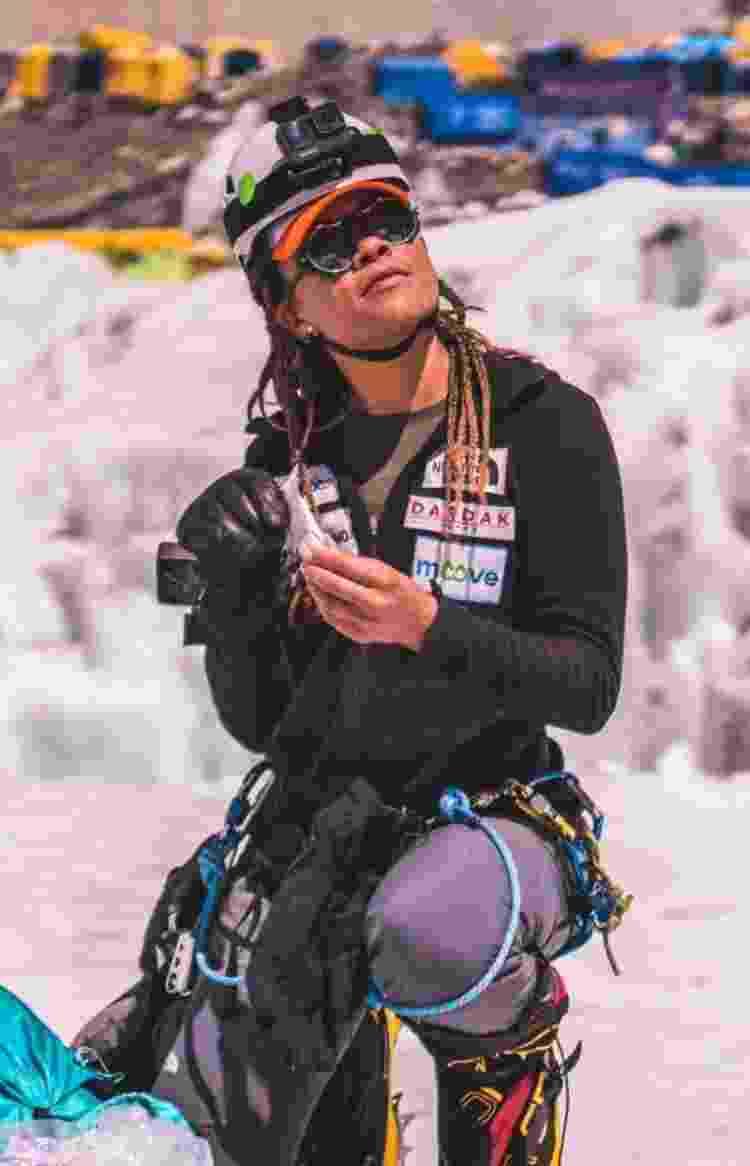 Preparação no Campo Base do Everest - Gabriel Tarso - Gabriel Tarso