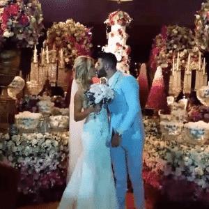 26.out.2016 - Gusttavo Lima e Andressa Suita se casam em cerimônia luxuosa - Reprodução/Instagram salveanoiva