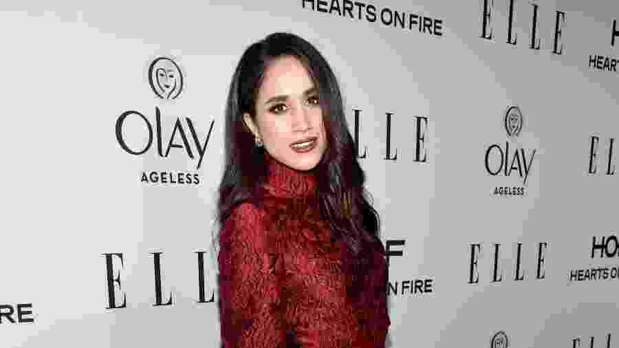 """Meghan Markle comparece ao jantar da revista """"Elle"""" para homenagear as mulheres da TV americana - Getty Images"""