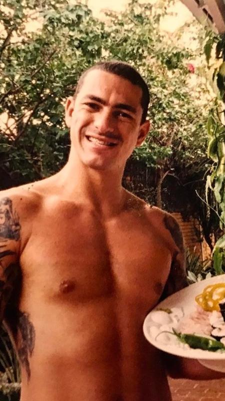 Henrique Fogaça publicou foto de 18 anos atrás - Reprodução/Instagram/henrique_fogaca74