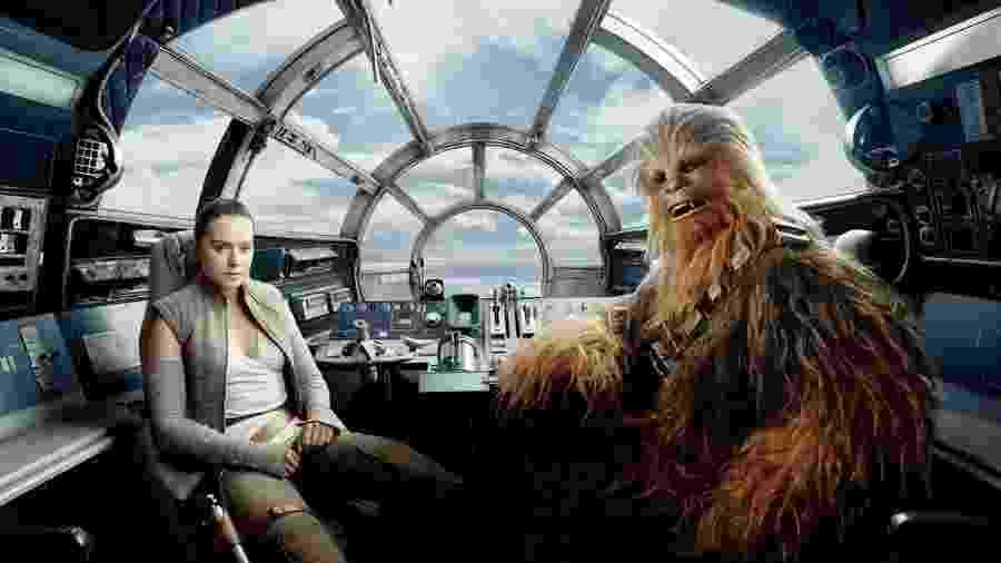 Rey e Chewbacca à bordo da Millennium Falcon - Reprodução/Vanity Fair