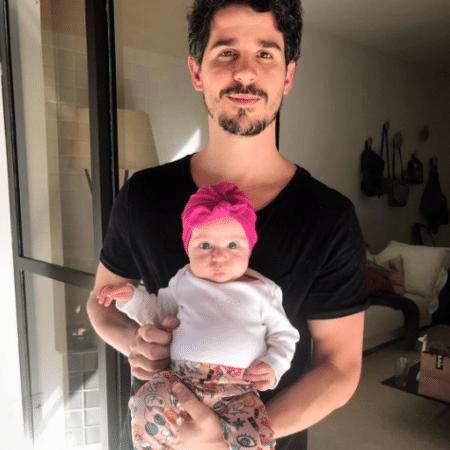 Pedro Neschling com a filha, Carolina - Reprodução/Instagram/pedroneschling