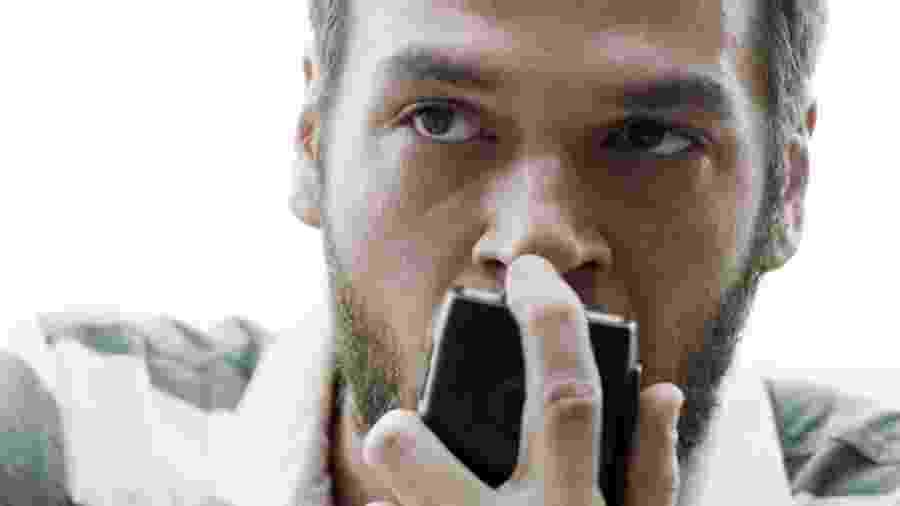 """Rubinho (Emilio Dantas) assume a chefia do tráfico em """"A Força do Querer"""" - Reprodução/GShow"""