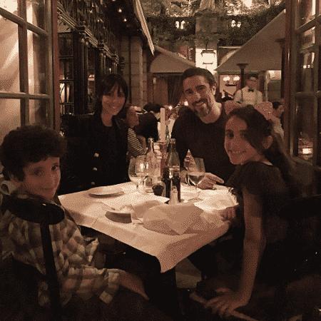 Marcos Mion e a mulher, Suzana Gullo, e os filhos, Donatella e Stefano - Reprodução/Instagram/marcosmion