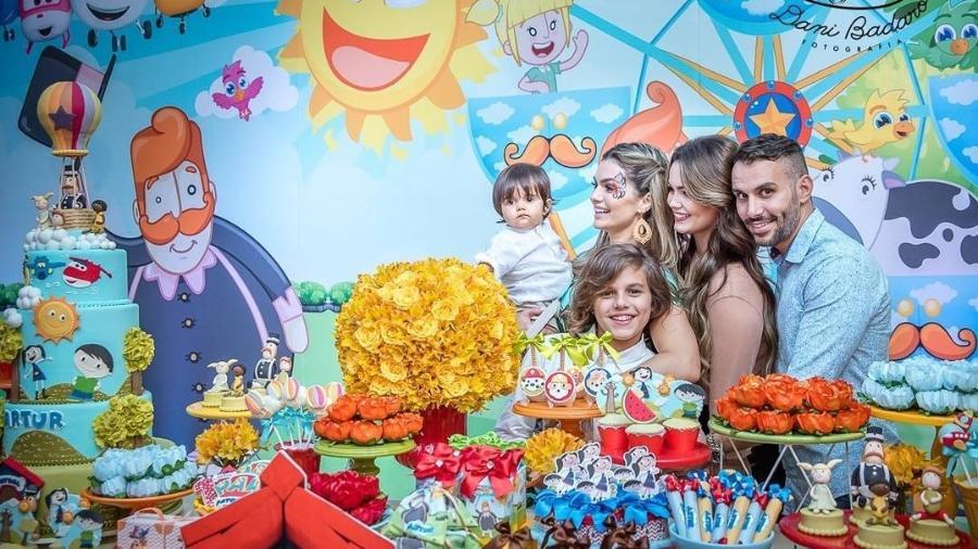 Kelly Key com a família na festa de aniversário do caçula - Reprodução/Instagram