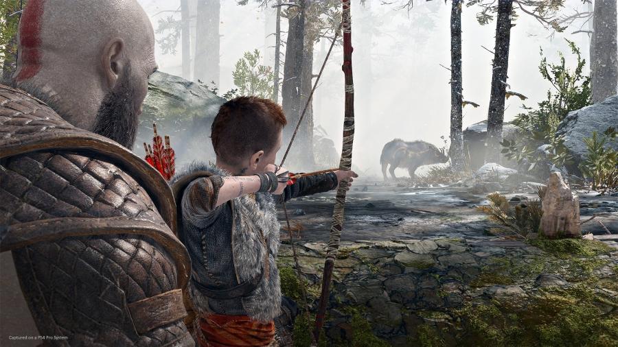 """Kratos e seu filho Atreus, em """"God of War"""" - Divulgação"""