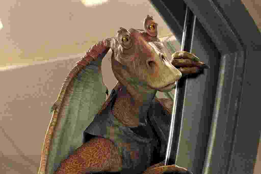 """Jar Jar Binks em cena de """"Star Wars: Episódio I - A Ameaça Fantasma"""" (1999) - Divulgação"""