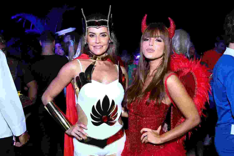Deborah Secco e Giovanna Lancellotti no Aviões Fantasy Park - Roberto Filho / Brazil News