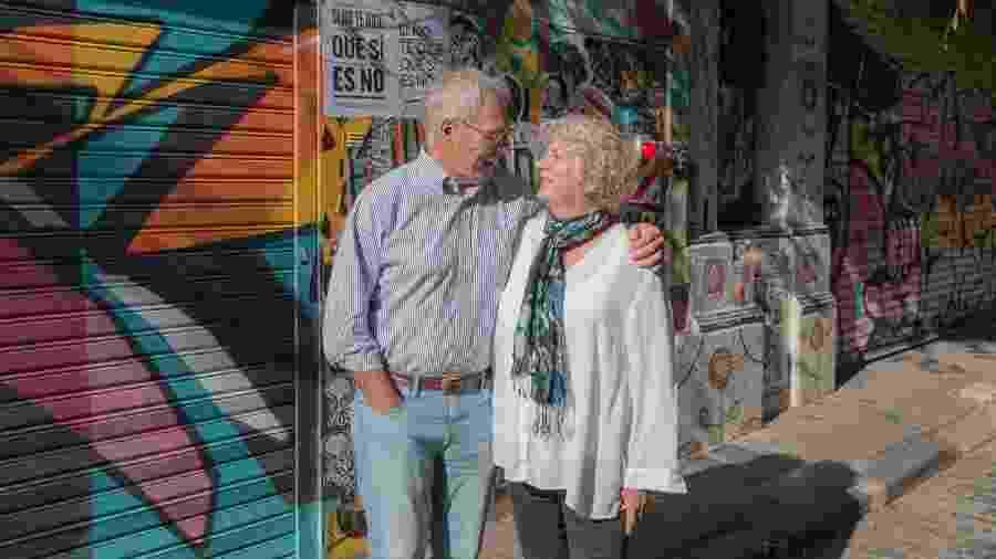 Michael e Debbie Campbell curtem passeio em Buenos Aires, Argentina - Divulgação/Airbnb