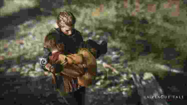 Os irmãos precisam fugir de casa quando soldados tentam levar Hugo, portador de uma misteriosa doença - Divulgação
