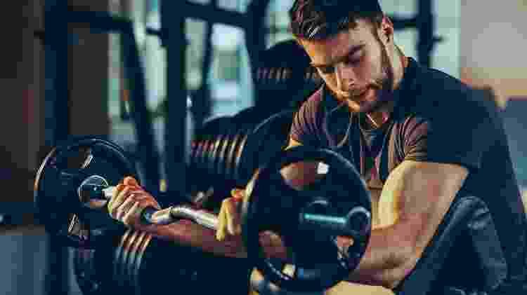 No set 21, você faz 3 vezes 7 repetições de um exercício, focando partes diferentes de um mesmo músculo em cada uma delas - iStock
