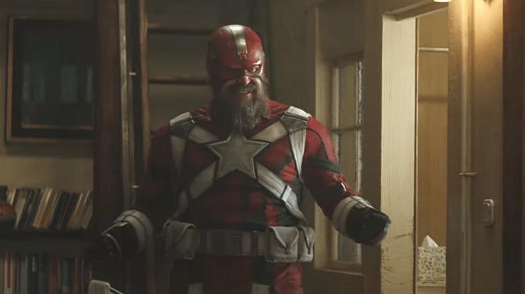 David Harbour como o Guardião Vermelho no trailer de Viúva Negra - Reprodução
