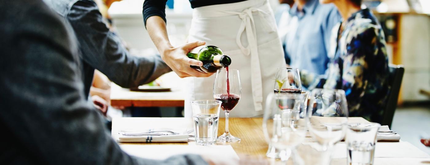 O volume de vinho comercializado no Brasil cresceu 27,8% no primeiro semestre de 2020 em relação ao mesmos meses do ano passado - Getty Images