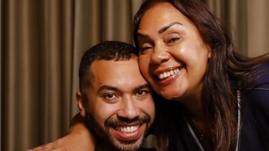"""Gilberto Nogueira, do """"BBB 21"""", e a mãe, Jacira - Reprodução/Instagram"""