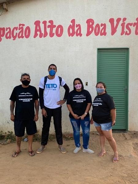 Ação da TETO em parceria com a ONG Gerando Falcões na comunidade Alto da Boa Vista, GO - Divulgação