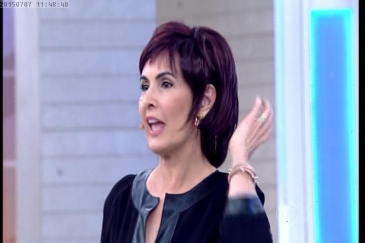 Fátima Bernardes usa peruca no