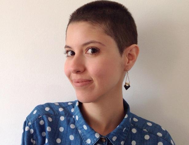 Portadora da alopecia, Paola Saliby decidiu raspar o cabelo - Arquivo pessoal