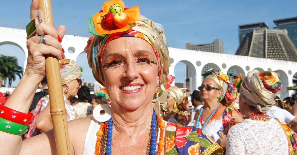 Foliões se reúnem na manhã de domingo (31) para a saída do Bloco do Boitatá