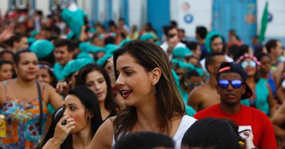 7.fev.2016 - Foliã desfila no Bloco Santa Casa, no centro histórico de São João Del Rei (MG)