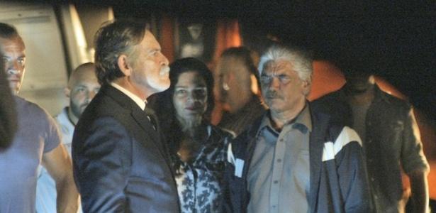 Dante flagra Gibson com Mara e Tio e confirma que o avô é o pai da facção - Reprodução/A Regra do Jogo/GShow