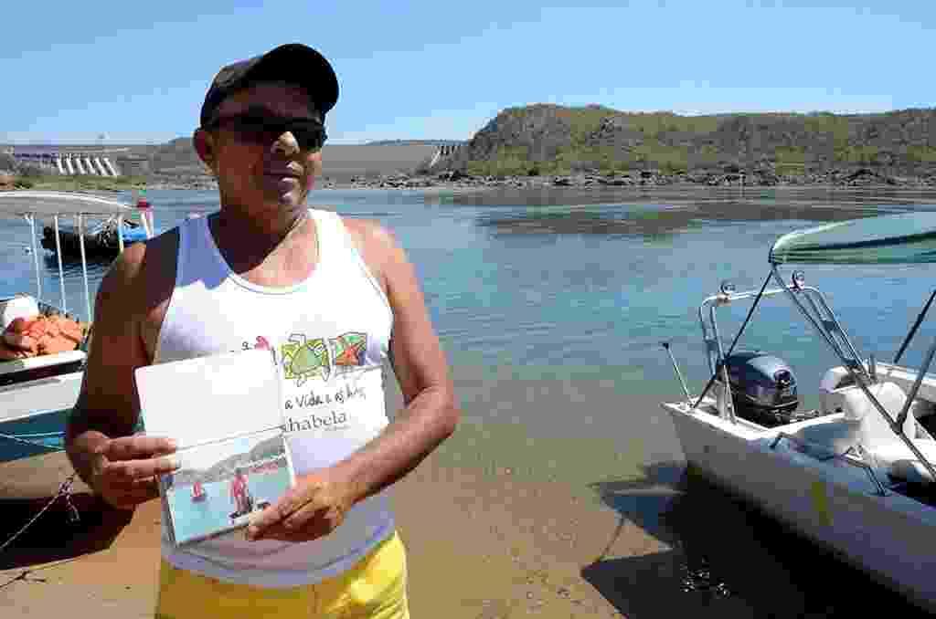 16.set.2016 -  Manoel Messias, ex-salva vidas de Canindé, conta que há dois anos deixou o serviço porque Prefeitura não o pagava - Beto Macário/UOL