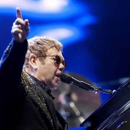 Elton John passou por situação inusitada em show - Reinaldo Canato/UOL