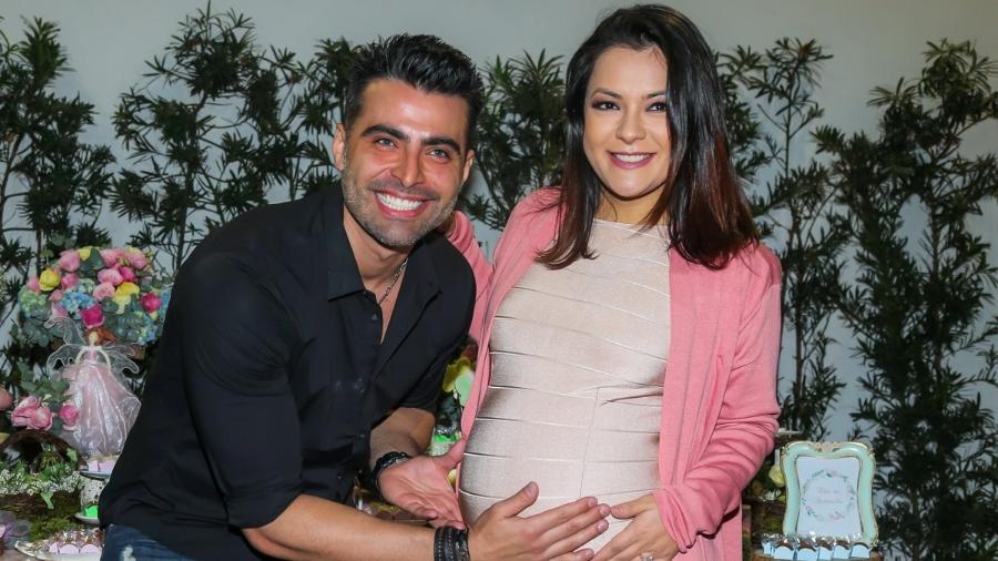 Grávida de oito meses, Li Martins encontra o ex, JP Mantovani, em chá de bebê da primeira filha do ex-casal - Manuela Scarpa/Brazil News