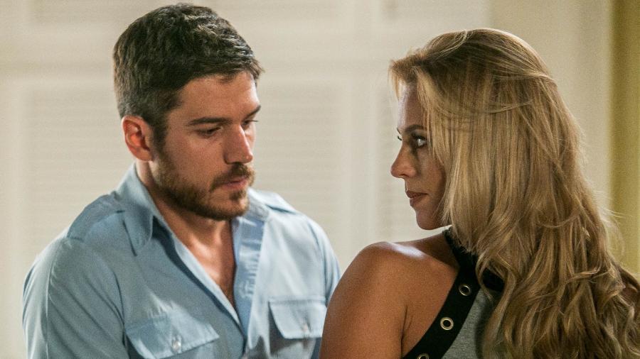 """Zeca (Marcos Pigossi) e Jeiza (Paolla Oliveira) em """"A Força do Querer"""" - Raquel Cunha/TV Globo"""