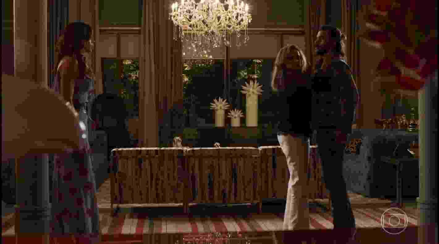 Lívia flagra Sophia aos beijos com Mariano; com quem ele deve ficar? - Reprodução/TV Globo