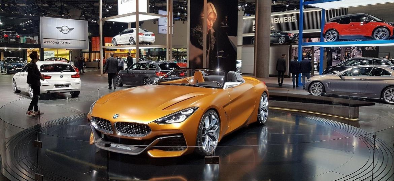 Não basta vender carro: é preciso explicar todo o funcionamento quando o modelo é de luxo - Divulgação