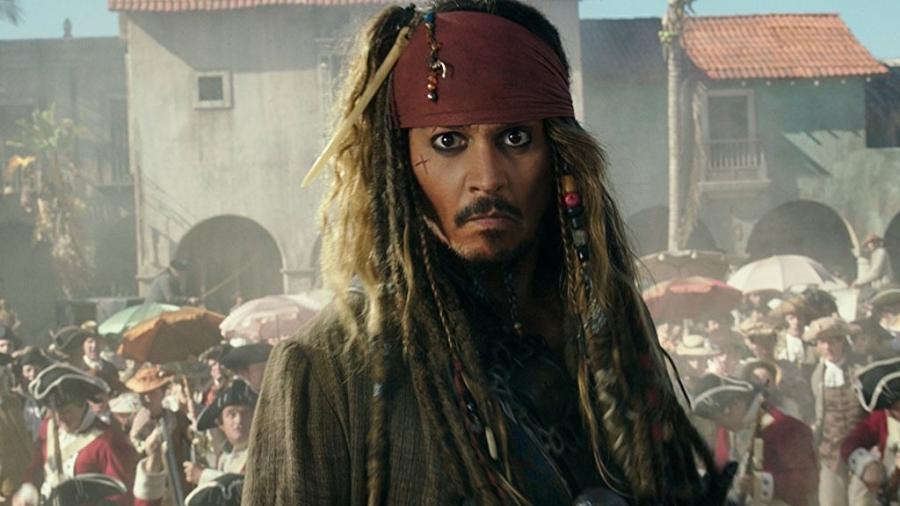 """Johnny Depp em cena de """"Piratas do Caribe: A Vingança de Salazar"""" (2017) - Divulgação"""