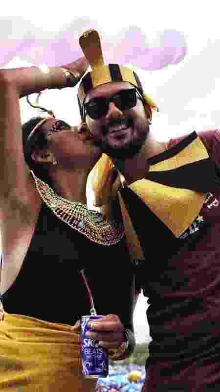 Ricardo Barros, de 33 anos, surpreendeu a namorada, Tatiana Saint'Clair, de 29 anos - Luciola Villela/UOL