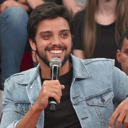 Após abrir o jogo sobre primeira vez com Agatha, Rodrigo Simas fala novamente sobre brochada - Reprodução/Globo