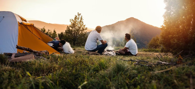 Para quem quer viajar na pandemia, acampar é considerada uma das modalidades mais seguras - Getty Images