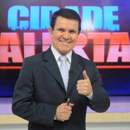 """Apresentador Jota Júnior comandava o """"Cidade Alerta"""" da Paraíba - Divulgação/TV Correio"""