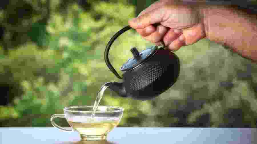 Um bom chá pode ser a solução para a falta de sono - iStock