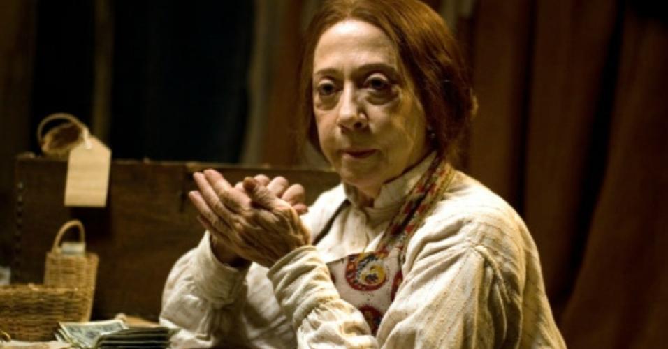 """Fernanda Montenegro em cena em """"O Amor nos Tempos do Cólera"""" (2007)"""