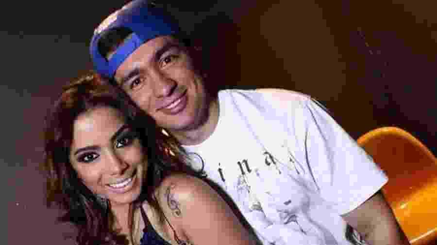 Anitta e o irmão Renan - Raphael Mesquita/Rio News