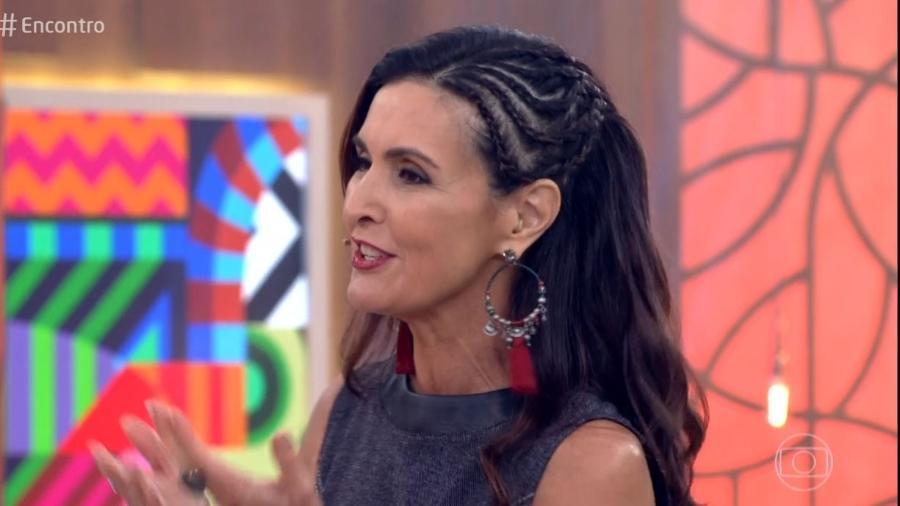 """Fátima Bernardes usa trancinhas no cabelo no """"Encontro"""" de quinta-feira (3) - Reprodução/Globo"""