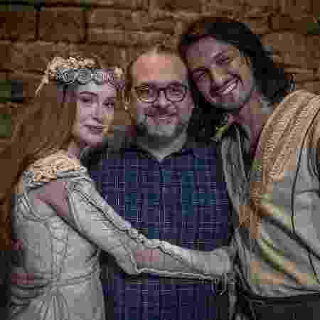 Mamberti não revelou o final de Amália (Marina Ruy Barbosa) e Afonso (Rômulo Estrela) - Divulgação/TV Globo - Divulgação/TV Globo
