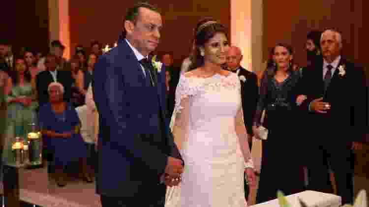 Aos 47 anos, Frank Aguiar se casa com a estudante Caroline Santos - Deividi Correa/AgNews - Deividi Correa/AgNews