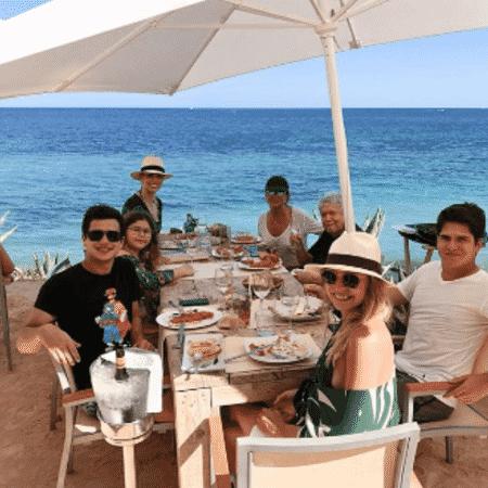 Ana Furtado em família - Reprodução/Instagram
