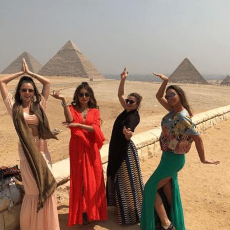 Jaque Ciocci, Daiane de Paula, Renata Longaray e Luciana Cardoso no Egito - Reprodução/Instagram