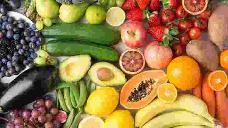 Alimentação variada e colorida - iStock - iStock