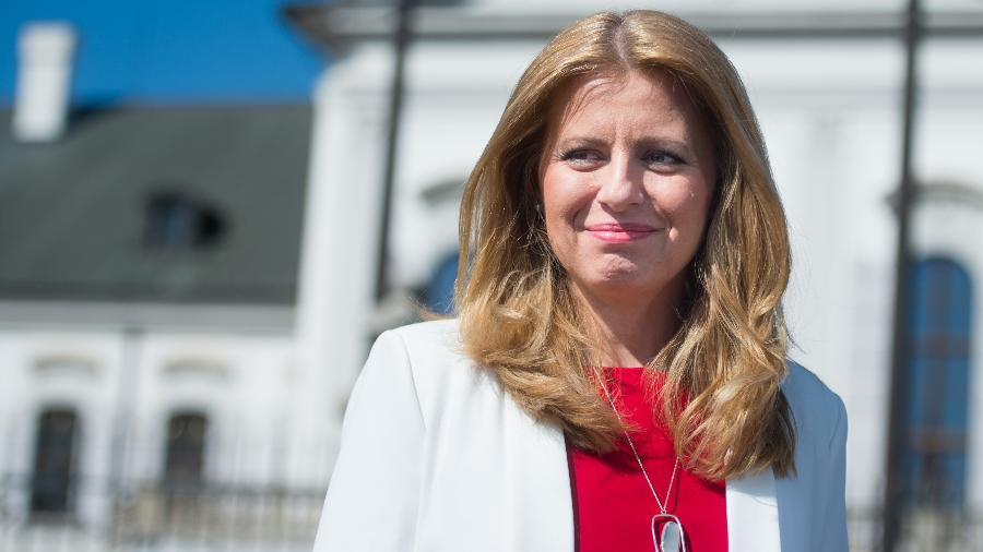 Zuzana Caputova é a primeira presidente mulher da Eslováquia - VLADIMIR SIMICEK / AFP