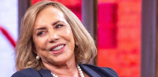 """""""Sofri muito bullying por conta do meu sotaque"""", diz Arlete Salles"""