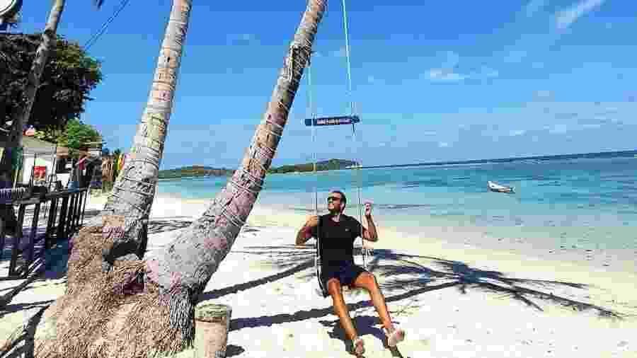 """Danniel Oliveira se """"quarentenou"""" com uma turma em uma luxuosa ilha da Tailândia - Reprodução/Instagram"""